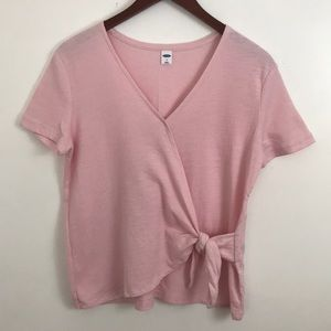 OLD NAVY PALE PINK TIE FRONT SHORTSLEEVED TOP